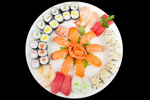 sushi maki platte the wok